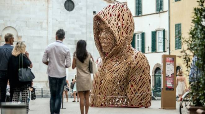 Cartasia_festival Lucca_scultura