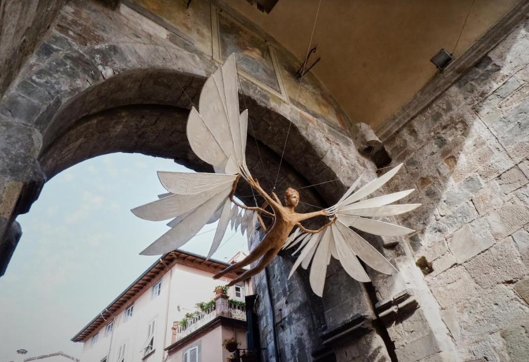 Lucca Biennale_scultura_Cartasia